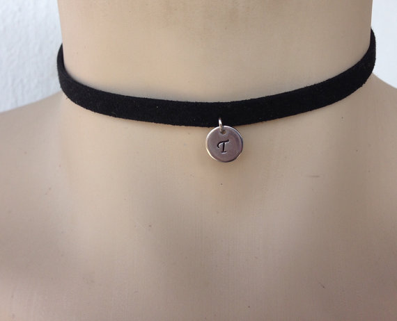 Personalised initial letter choker necklace