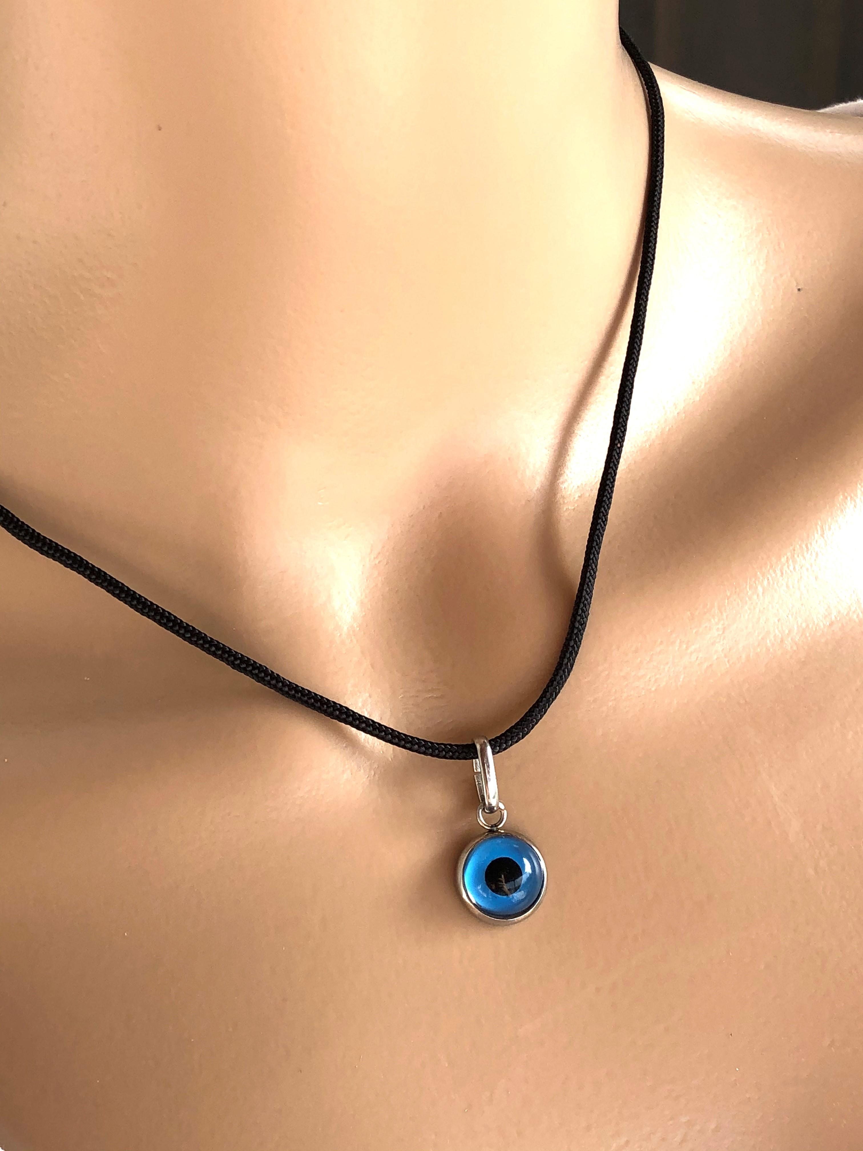 glass evil eye pendant necklace